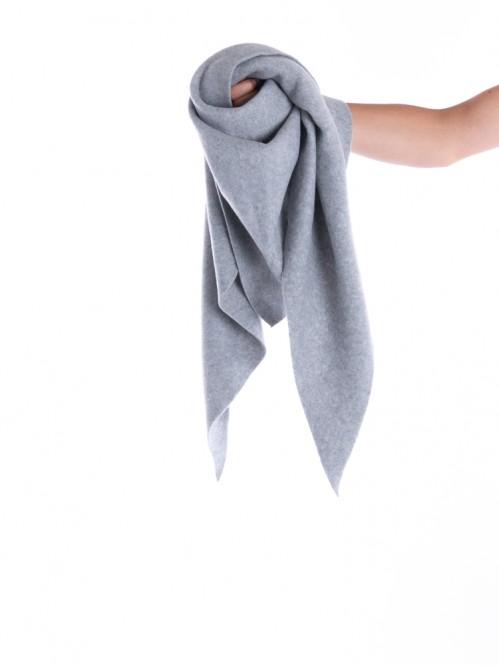 Kibo scarf triangle grey
