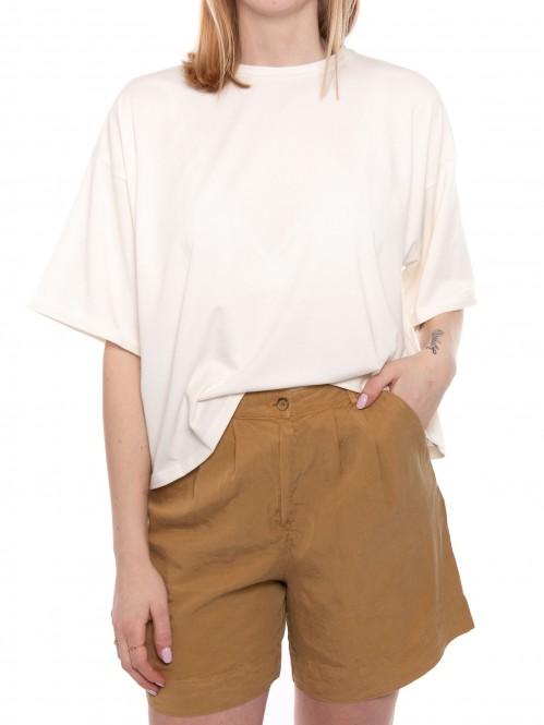 Cata t-shirt egret